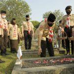 Ka Kwarnas Budi waseso Pimpin Ziarah ke Taman Makam Pahlawan Kalibata