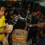 Pramuka SMAN 1 Purwokerto Bantu Korban Banjir Sirau