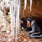 9 Hal yang Perlu Diketahui tentang Hiking di Cuaca Dingin