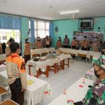 Kwarnas Serahkan Bantuan Kemanusiaan kepada Korban Longsor Sumedang