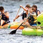 Pramuka Berlomba Menyusuri Sungai Tennessee dengan Rakit Buatan Sendiri