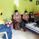 Pramuka Rembang Berbagi Paket Sembako Kepada Warga Terdampak Covid-19